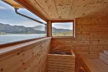 Großansicht Sauna mit Bergblick