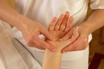 Großansicht Massage im Wellnessbereich