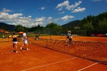 Großansicht Tennisplätze am Ossiacher See